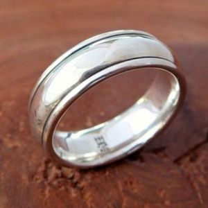James Avery Sterling Silver Eternal Wedding band